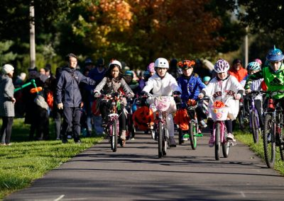 LHT Trail and Treat Kids on bikes
