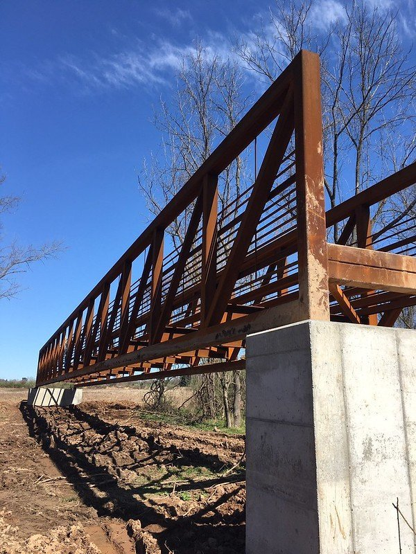 LHT Mercer Meadows bridge construction