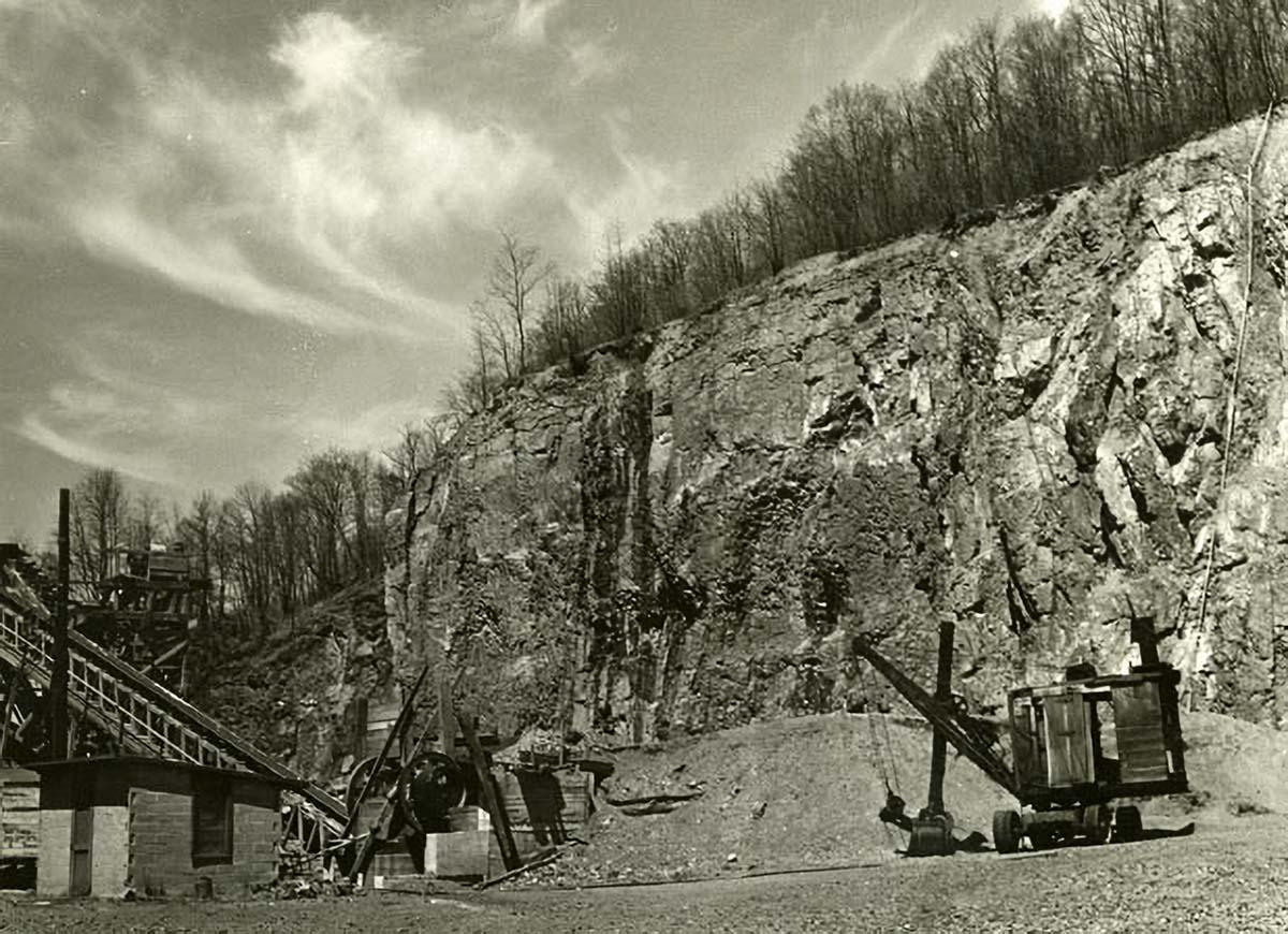 LHT Mt Rose Traprock Quarry